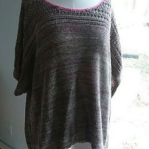 Women's Short Sleeve Sweater Size XL